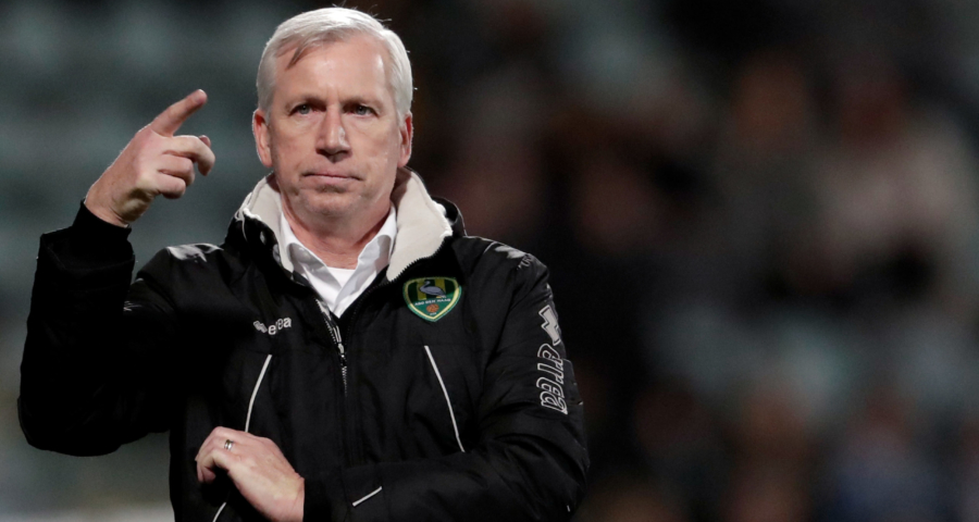 Alan Pardew At Ado Den Haag With Pardew It S Mostly About Pardew Not His Team The Totally Football Show